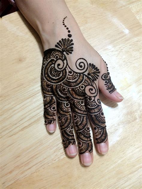 where can i buy henna for tattoos a different henna every 2 weeks i the