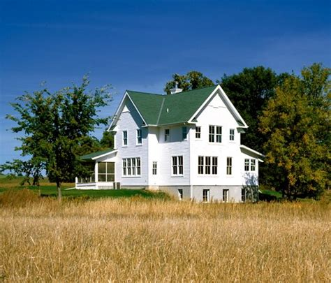 Big Farmhouse by Love Big Farm Houses Farm Houses Amp Barns Pinterest