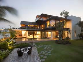 Contemporary Florida Style Home Plans No Fifty8 Waterfront Villa In Singapore
