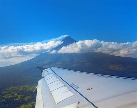 cheap flights from manila philippines to caticlan