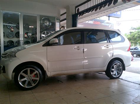 Ring Reflektor All New Avanzaxenia 2014 new toyota fortuner photos html autos weblog