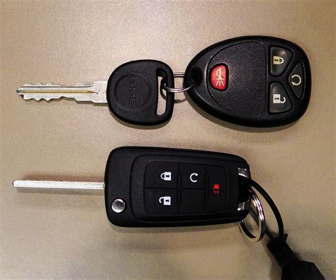 Chevy Silverado Key by How To Program A Key Fob For 2015 Silverado Autos Post