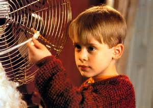 protect house as kevin mccallister in home alone linino