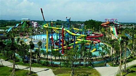 Lu Hid Di Malang hawai waterpark