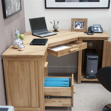 Quality Computer Desk Best Small Puter Desks Ideas On Pinterest Small Desk Quality Computer Desks For Home