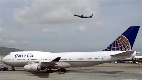 United Airlines Also Search For United Airlines Passengers And Employees Rally Big Time To Aid Nepal Earthquake