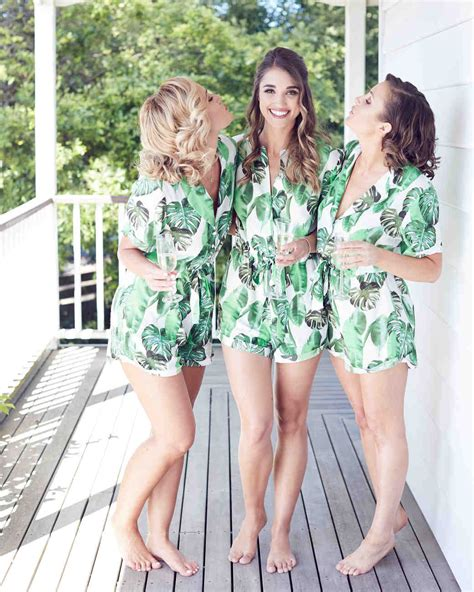 Wedding Tropical Attire by Island Time 33 Tropical Wedding Ideas We Martha