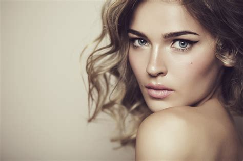 most beautiful girls wallpaper pictures most beautiful beautiful woman beautiful1