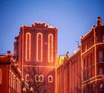 Anheuser Busch Breweries Shine Bright This Holiday Season Anheuser Busch Brewery Lights