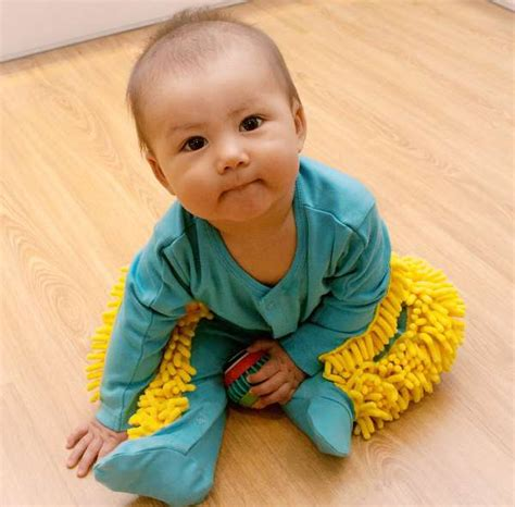Baby Clean Floor by Make Cleaning Child S Play With The Baby Mop