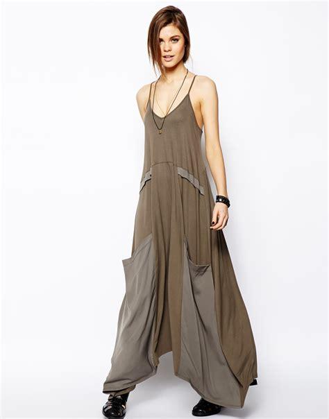 Dress Aliysha Syari Maxi 2 lyst asos maxi dress with drape pockets in