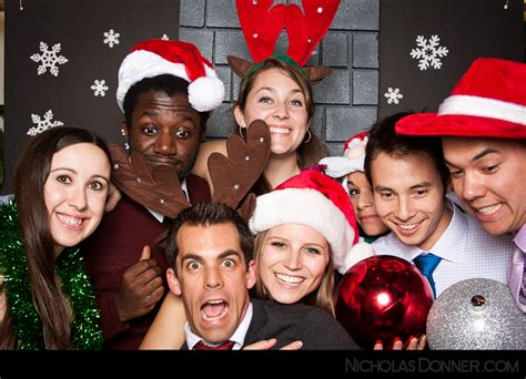 christmas photo booth ideas nicholasdonner photo photo booth