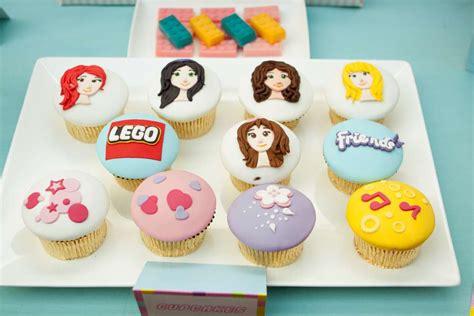 tutorial lego friends 5 epic lego themed cupcakes plus tutorial for fondant mini