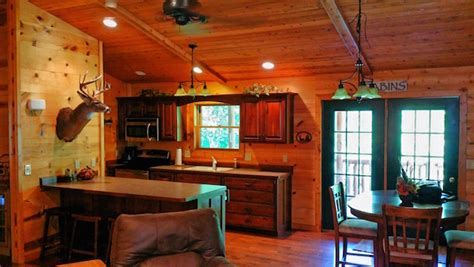 Cabins In Iowa With Tubs by Timber Ridge Hideaway Log Cabin Tub Iowa Cabin Rentals