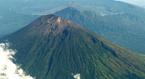 mount agung volcano hiking  sunrise trekking