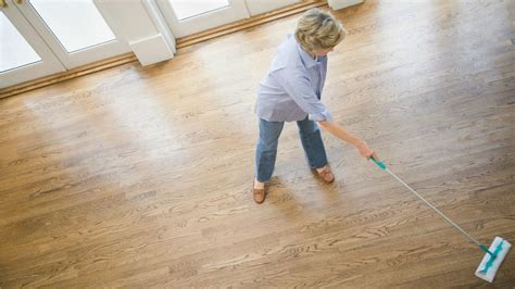 What To Mop Hardwood Floors With by Four Best Mops For Hardwood Floors Homesfeed