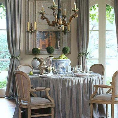 christmas dining room decor my favorite pier 1 imports antiqueaholics christmas decorating with pamela pierce