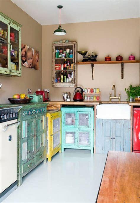 beach dream house design colorful kitchen design magzmagz keuken met vintage look wooninspiratie