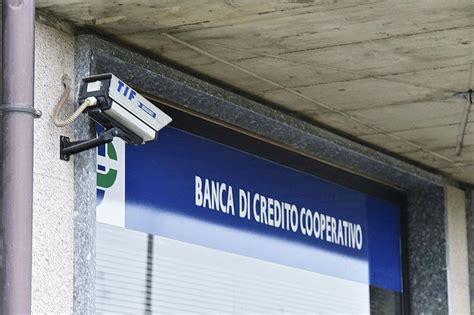 in casa credito cooperativo la telecamera credito cooperativo in via rinelli