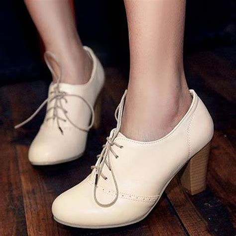 heel oxford shoes 17 best ideas about oxford shoes heels on