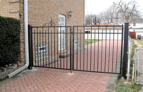fencing fabrication installation custom wrought iron