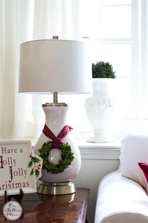 fun and festive way to decorate your home for christmas easy christmas decorating ideas festive fun fast on