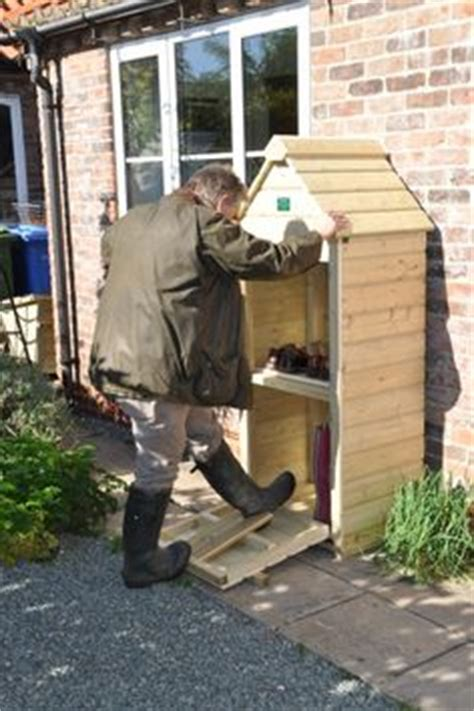 Shoe Shed Careers by 1000 Ideas About Boot Storage On Boot Rack