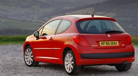 peugeot 207 red peugeot 207 gt 150 2006 review car magazine