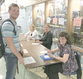 south haven tribune schools educationsouth haven history club members qualify