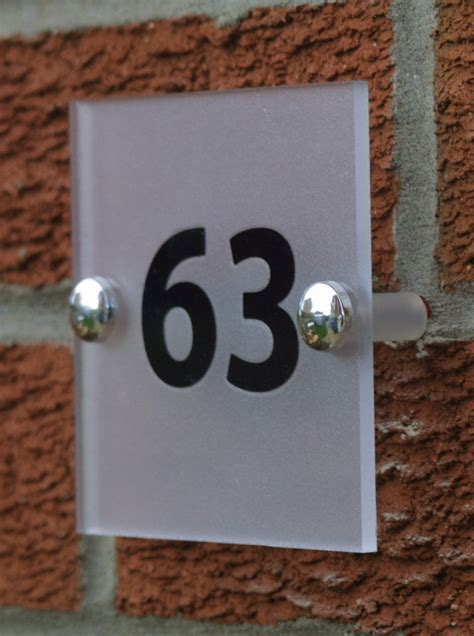 design house numbers uk clarke design media ltd 10cm x 10cm contemporary house