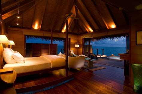 most amazing bedrooms 23 amazing bedrooms with a panoramic view of the ocean