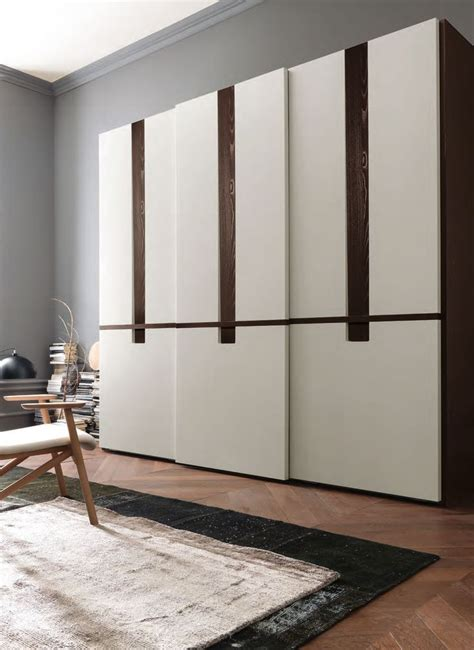 Wardrobe Desing by 25 Best Ideas About Modern Wardrobe On Modern