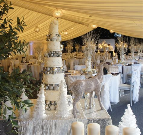 winter wedding decorations uk winter wedding cakes sugarbliss cake company