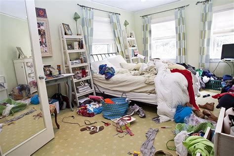 cluttered bedroom how to clean up bedrooms in 15 minutes