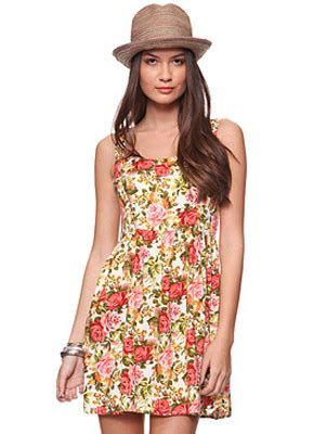 The Ultimate Cq Suitcase 5 The Floral Sundress by Seven Must Vacation Essentials 29secrets