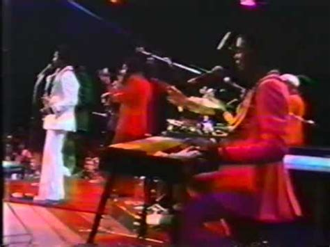 kool the gang hollywood swinging kool the gang quot hollywood swinging quot live on u s tv 1974