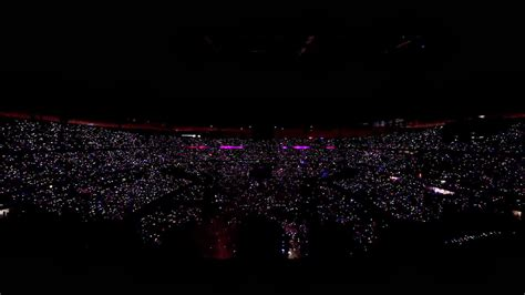 coldplay wallpaper hd iphone coldplay paradise live 2012 from paris wallpapers hd