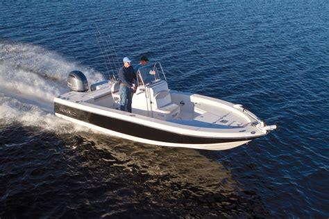 caiman boats new boat brochures 2017 robalo 226 cayman