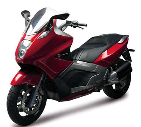 piaggio gilera gp 800 the world s fastest scooter