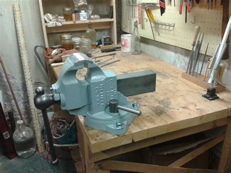 how to install a bench vise pdf mounting a bench vise plans free
