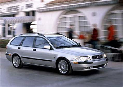 volvo estate v40 volvo v40 estate car wagon 2000 2002 reviews
