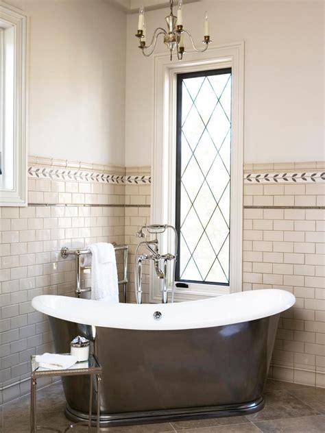 chandelier tub luxurious bathrooms with chandelier lighting