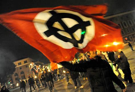 ultime notizie di politica interna operazione banglatour indagati per violenze razziste 13
