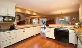kitchen cabinet door pulls cabinet door knobs kitchen cabinet door pulls and knobs cabinet door knobs