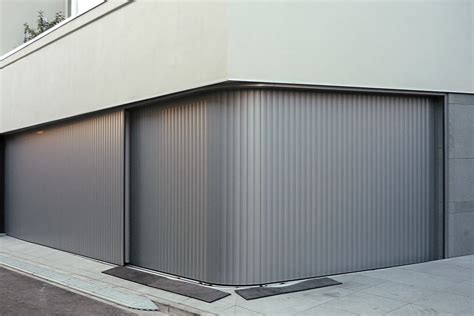 rollläden the adaptable aluminium garage door the vertico lateral