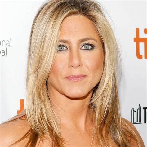 the base color of jennifer anistons hair color jennifer aniston hair color technique picture of