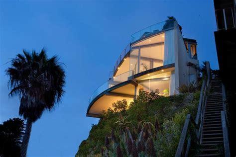 the cliff house laguna cliffside home laguna california in photos