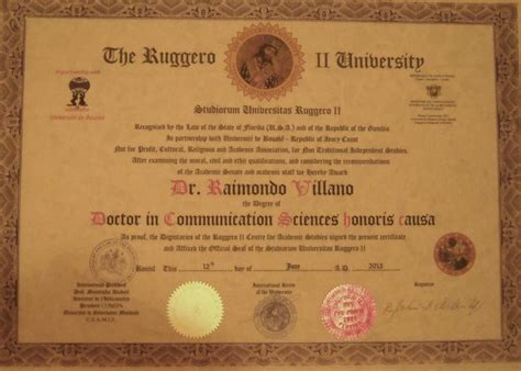 laurea in scienze della comunicazione 1000 images about titoli e premi on liberia