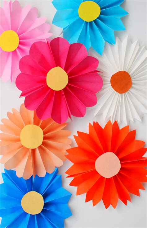 Simple Paper Flowers For Children To Make - accordion paper flowers origami patterns origami and