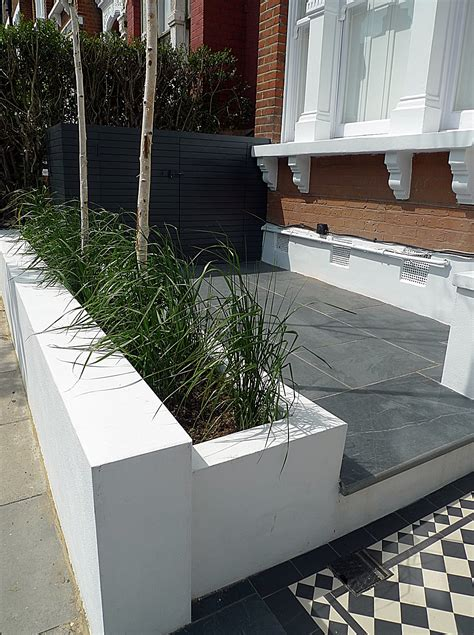 Front Garden Paving Ideas 1000 Images About Gardens On Family Garden Raised Beds And Small Gardens